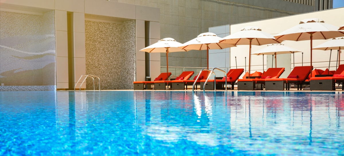 pool-bodylines-downtown-rotana.jpg